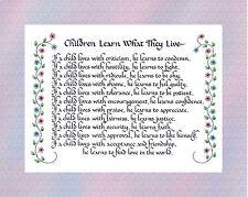 Les enfants apprennent ce qu'ils vivent-calligraphie poème pour les parents, les écoles & nurserie