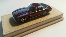 Iso Grifo 7 Litri Dark Red with Borrani Wheels Beige leatherbase 1:43 Minichamps