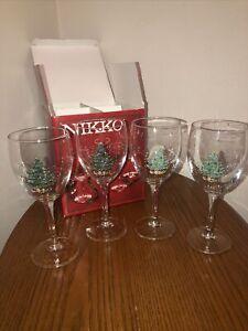 4 Nikko Christmas Tree 10-1/2 oz. All-Purpose Goblet Glasses Christmastime