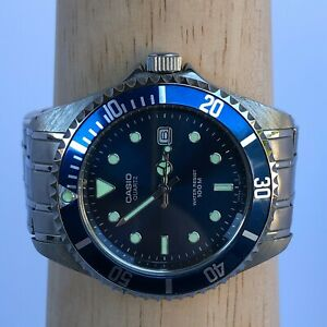 Casio MTD-1010 Mens Wristwatch 1346 Diver Blue Dial Stainless Steel