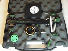 "4"" DAVIS TARGET SIGHT- Single knob-8.5 -black/green knobs-scope .010 green."