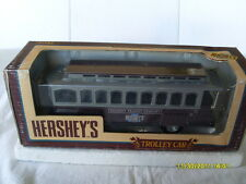 ERTL 1/43 SCALE  DIECAST LOCKING COIN BANK HERSEY'S TROLLEY CAR