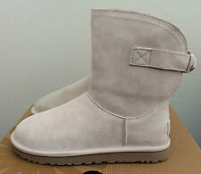 UGG Womens Size 7 Fresh Snow Ivory Remora Boot Short Buckle Warm 1012029