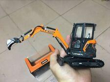 Rare!!! Doosan DX27Z Compact Excavator 1/25 Scale Die-Cast Model NIB