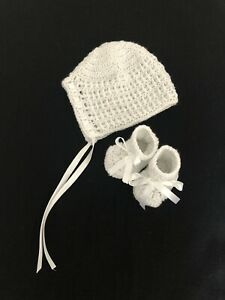 Handmade Crocheted 0-3 Baby Bonnet and Booties