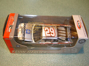 #29 Kevin Harvick 2002 GM Goodwrench Service 1/64 Action RCCA H/O Diecast NEW