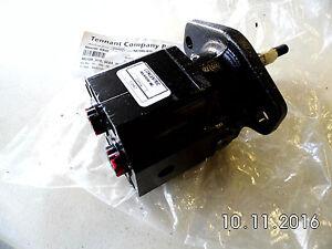 NEW OEM TENNANT 63542 - TN-63542 - MOTOR, HYD, GEAR, INT 10.0 BI-DIR 3000