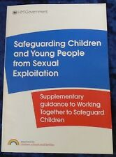SAFEGUARDING CHILDREN AND YOUNG PEOPLE FROM SEXUAL EXPLOITATION 2009 P/B