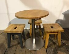 Oak round table with 3 oak stools