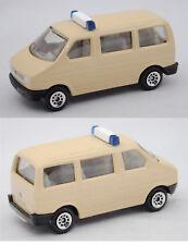 Siku Super 1350 VW T4 facelift Caravelle Mannschaftswagen, elfenbein Werbemodell