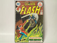 The Flash #230 Dc Comics 1974 Gd+ The Fastest Man Alive vs Dr. Alchemy!