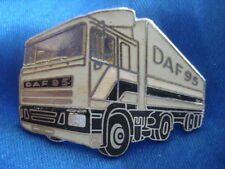 PINS RARE TRANSPORT ROUTIER CAMION DAF 95