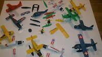 Altes Spielzeug Ersatzteile aus dem Ü-ei,  Mehrzweck Amphibien -Flugzeuge 1988