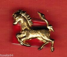 """""""FERRARI cavallino"""" in metallo color oro fissaggio con colla o biadesivo--1627a"""