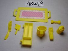 VINTAGE BARBIE DOLL LOT OF ACCESSORIES-YELLOW-TRAY-BOTTLE-FLASHLIGHT-CELLPHONE