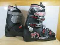 Tecnica Entry XRT Downhill Ski Boots, Mondo 27.0  - Lot TEC
