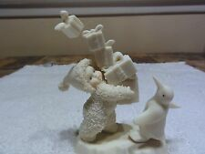 """Snowbabies Department 56 """" I Have Lots To Give """" Figurine"""