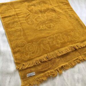 Vintage Martex 42x23 Cotton Bath Towel Medallion Sculpted Fringe Retro 60s 70s