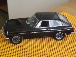 1/18 Universal Hobbies MGB BGT V8 Roadster in Black c1969 in Nr Mint Condition