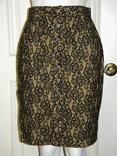 Jeans de Christian Lacroix distressed black lace skirt button front 6 club punk
