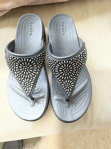 ladies crocs size 5 uk Grey. New.