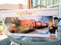 Hornby NEW R1234 Harry Potter train set BNIB