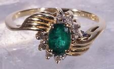 Beautiful Emerald Ring Surrounded by Eight Small Diamonds Size 6 14 K