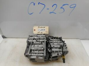 2004 LAND ROVER DISCOVERY II VALVE BODY 1043428081  1043428065