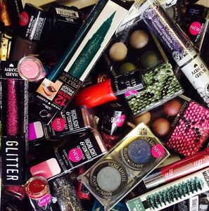 Lot of 30 ~ Hard Candy Makeup Cosmetics Lips! Eyes! Face! Wholesale  UNSEALED