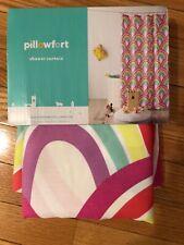 Pillowfort shower curtain. Scallop multicolor design.