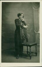 Young Lady Studio Standing Chair   Vintage RP PC AK.783
