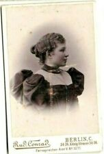 cdv: Handsome Lady with Balloon Shoulders