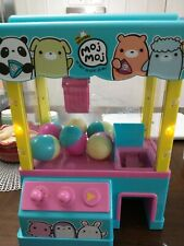 Moj Moj Squishy Toys Claw Machine Playset with Eggs Tested and Working. READ