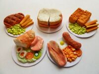 """DOLLS HOUSE MINIATURE 5 X MIXED FOOD DINNER ON 1"""" CARDBOARD PLATES COMBINED P+P"""
