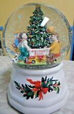 Pfaltzgraff Christmas heritage Musical Snow Water Globe Plays Deck The Halls