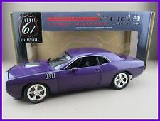 Plymout Cuda  Concept Car  in lila  Ertl  Highway 61  Maßstab1:18  OVP  NEU