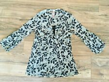 Sweet Pea for Mimi Maternity Career Leaf Floral Mesh Top Bell Sleeve Sz Small