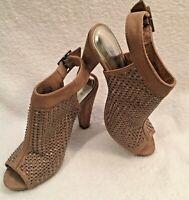 Jennifer Lopez Peep Toe Studded High Heel Shoe Pump Open Toe Ankle Strap Tan Sz6