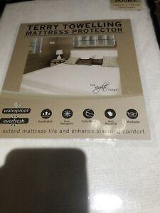 terry towelling waterproof mattress protector