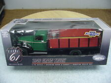 DCP 1/16 HIGHWAY 61 1946 GREEN CHEVROLET GRAIN TRUCK
