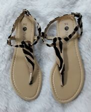 Chatties Womans Animal Print Tong Sandals Size 5/6