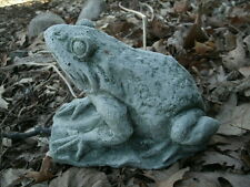 "7.5"" Long Cement Frog Crouching On Lily Pad Garden Art Green Concrete Statue"
