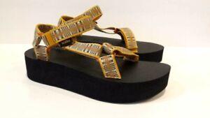 NEW Teva Flatform Universal Sandals Amari Sunflower Gold 100884 / ASGL ~ Size 8