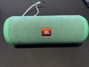 JBL Flip 3 Portable Speaker System - Bluetooth - Wireless - For Parts