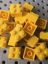 Lego 2x2 Yellow Brick Blocks 2 X 2 New Lot Of 25pcs