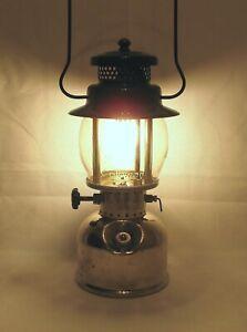 Coleman Model 242B Lantern Dated 1939 Original Globe Works Excellent Condition
