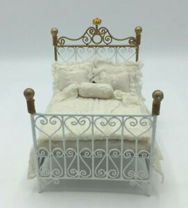Dolls House Metal Bed