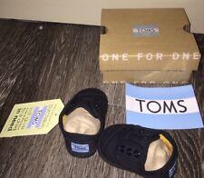 TOMS NWT NIB Paseo Black Baby Shoes Size 2
