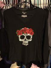Jr Womens Shirt BLACK V-NECK Soft SUGAR SKULL RED ROSES Size Medium NEW