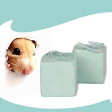 2.5cm Hamster Rabbit Rat Guinea-pig Calcium Mineral Chew Cube Teeth Grindin G9K8